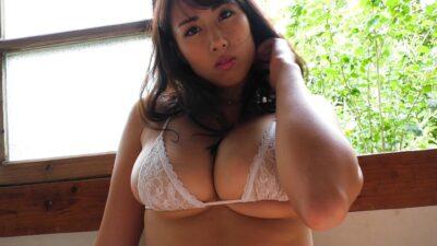 Sayaka Todo white lingerie pics