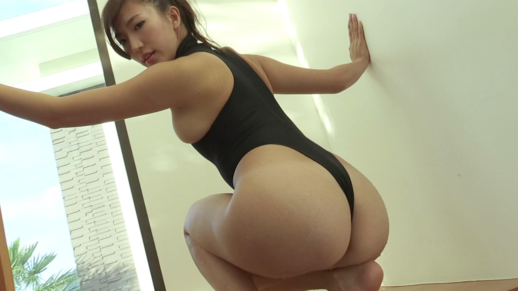 Eimi Matsushima nice ass pics