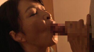 Japanese mature Toshiyo Kitamura's blowjob pics