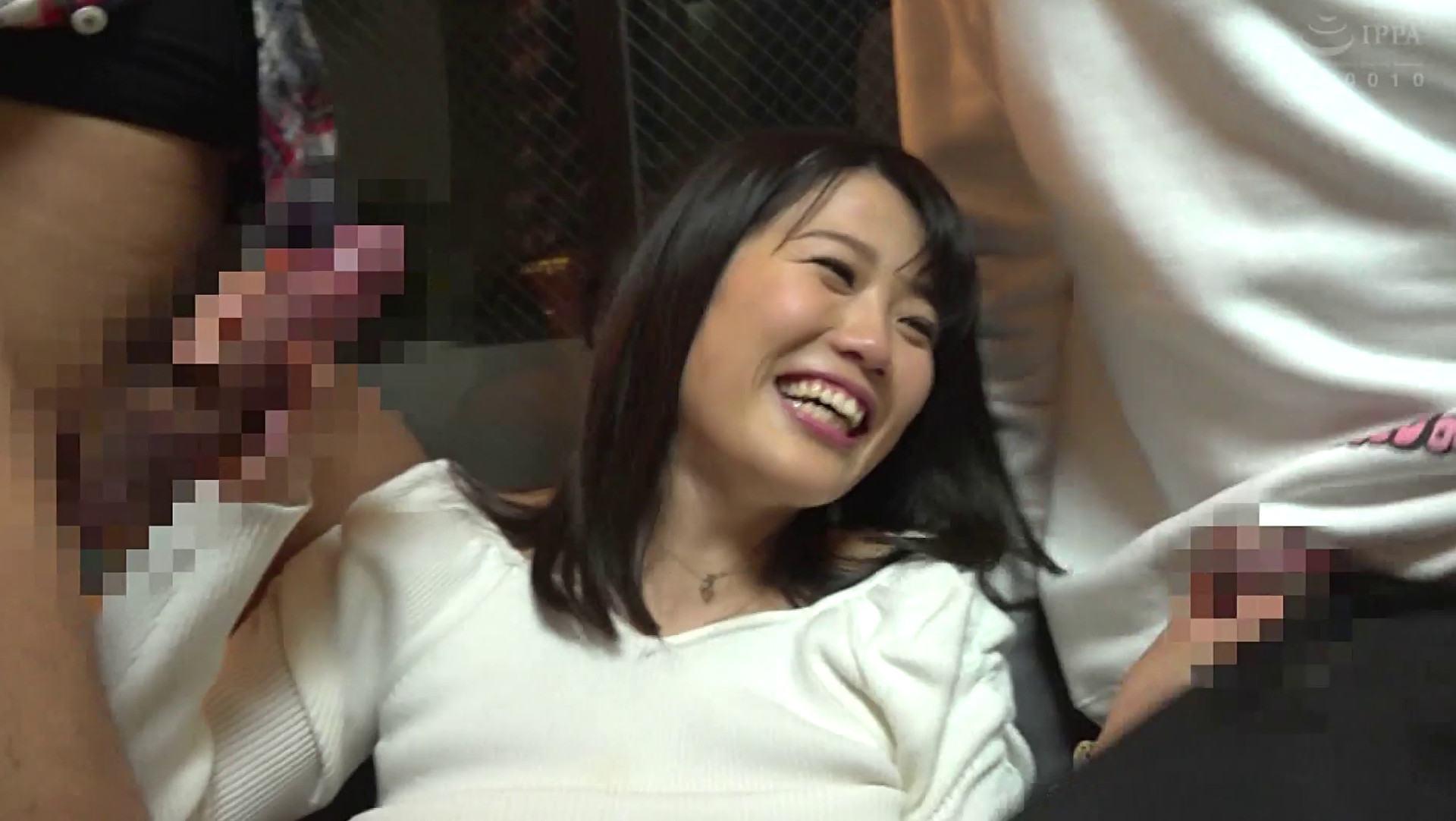 Sachiko's hand job pics