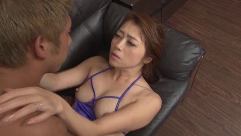Maki Hojo's missionary sex pics