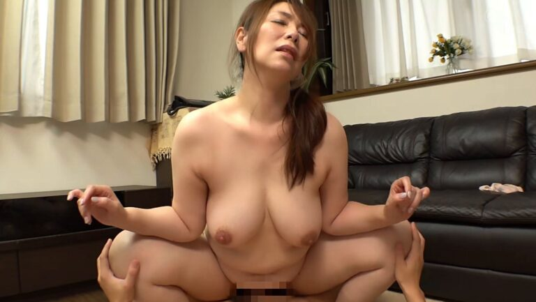 Porn pics of Japanese mature woman Chisato Shoda having cowgirl sex with her son-in-law