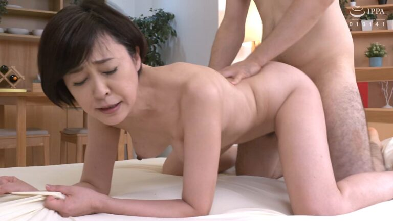 Porn pics of Japanese 50s mature Kiyo Morino having sex in doggy style