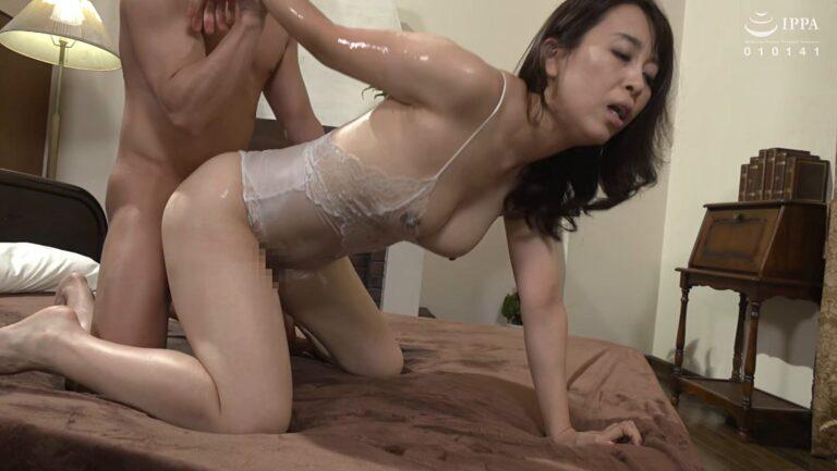 Porn pics of Japanese mature woman Kaoru Yuki fucking doggy style