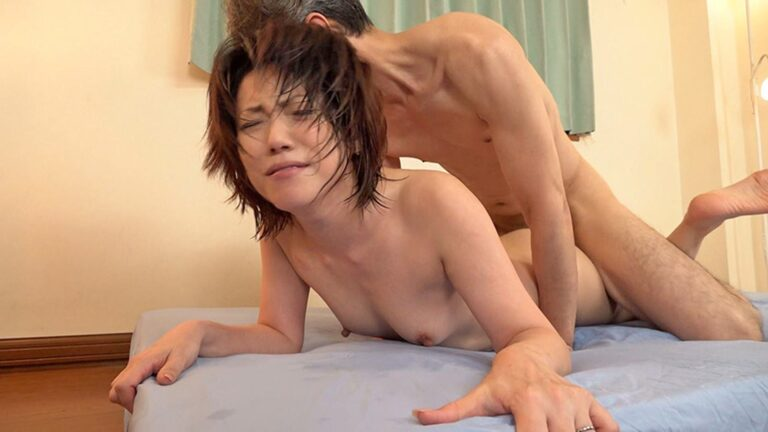 Porn pics of Japanese mature Emi fucking in doggy style