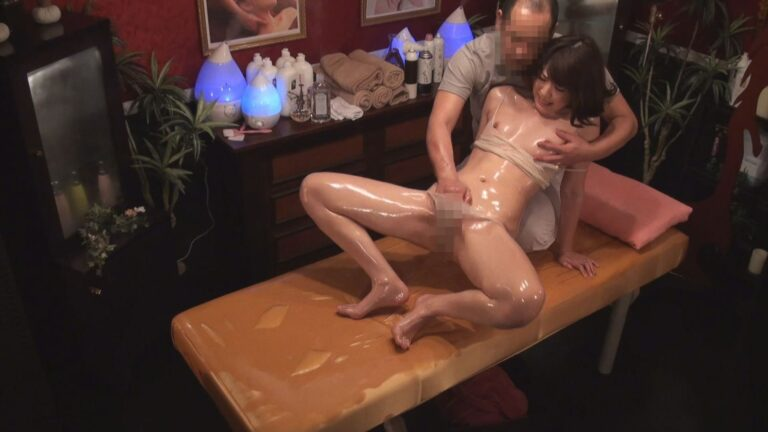 Porn pics of a Japanese married woman getting comfortable with an oil massage