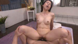 Porn pics of Japanese mature woman Rieko Masaki fucking in cowgirl position