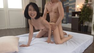 Porn pics of Japanese mature woman Reiko Seo fucking in doggy style